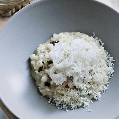 木の子とパルミジャーノチーズのリゾット